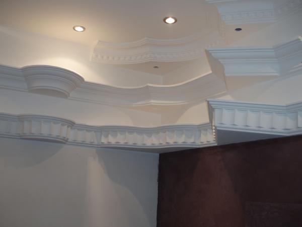 Sierlijsten correct afbouw stucadoorsbedrijf bv - Decoratie woonkamer plafond ...